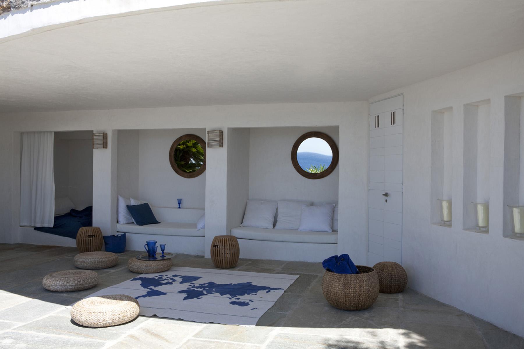 Hr1 florence watine architecte designer decoratrice paris france maison villa st tropez hublots share